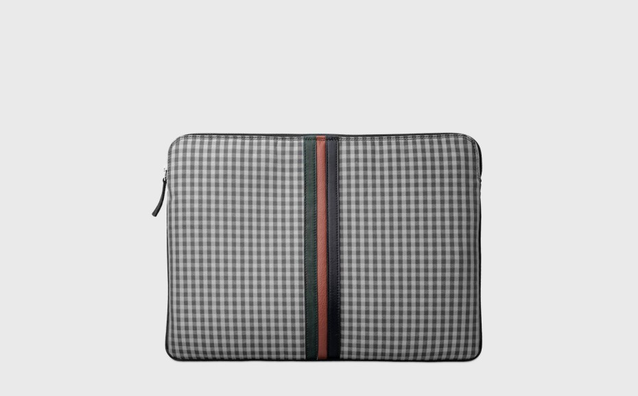 computer-cover-gingham-original-15-inches