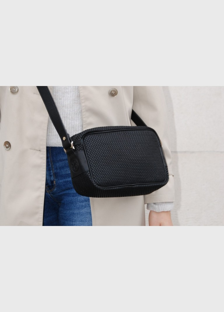 Women's shoulder bag black fabric upcycled Pietra